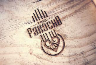 logo Casa Paracho madera